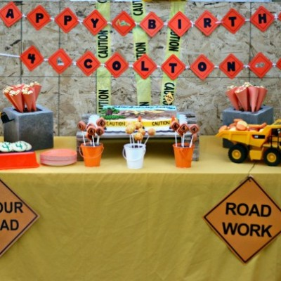 Construction Party Dessert Table (Desserts & Designs: Des Moines Dessert Tables)