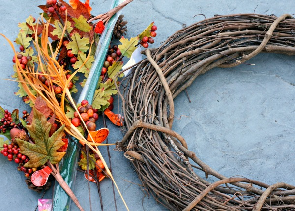 Make Your Own Fall Wreath Busy Mommy
