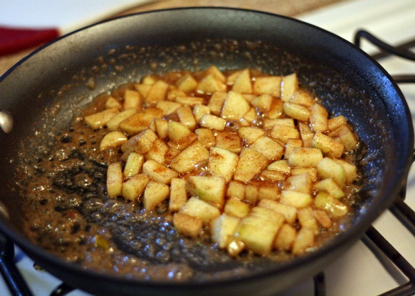 Top your baked brie with the Caramel Apple Sauce and sprinkle with ...