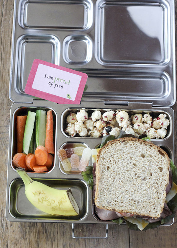 You don't have to make time consuming bentos to add a little personalization. Here's a simple brown bag lunch.