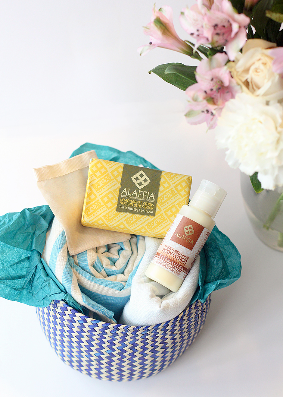 GlobeIn- A Fair Trade monthly Subscription Box. This theme is bathe!
