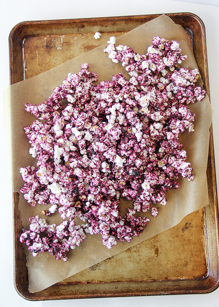 Dye-Free Fruity Popcorn! (Over 10 servings of fruit per batch!)
