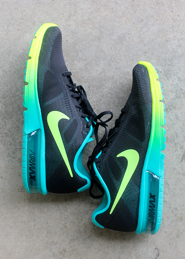 Nike Air Max Sequent Running Shoe Black Volt