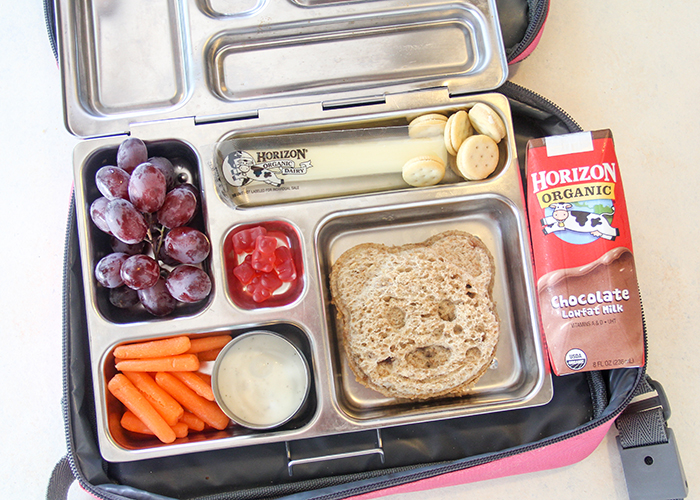 Here are some ideas to save money when packing a healthy lunch...