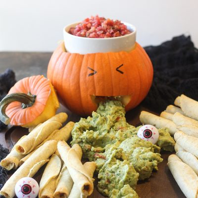 A super easy Halloween appetizer display.